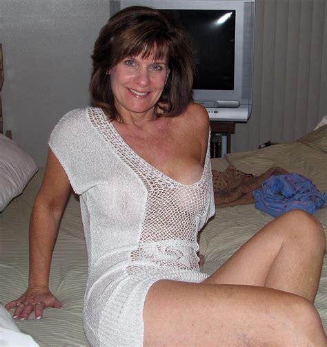 Old sexy mature mom tube jpg 1133x1200